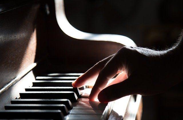 En Klaverstemmer skal til engang imellem